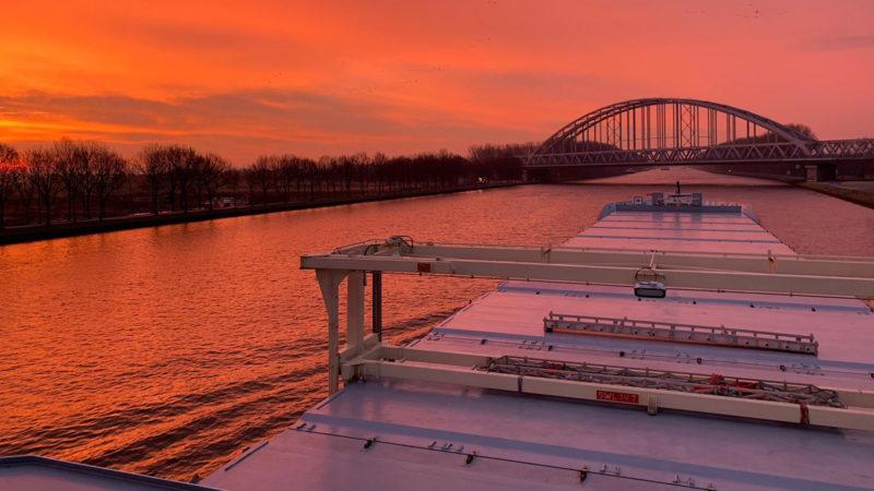 Lady Alida Amsterdam Rijnkanaal